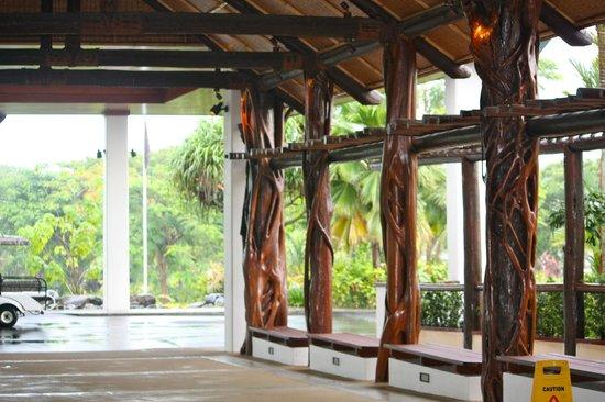 Sofitel Fiji Resort & Spa:                                                       view from the entrance