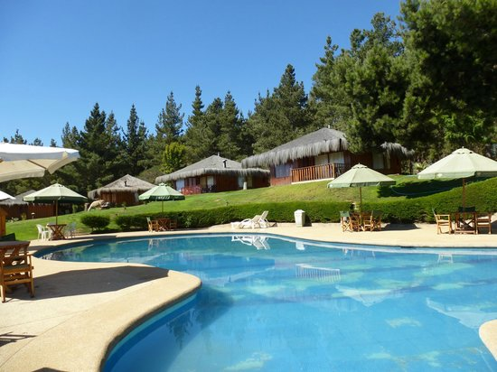 Pao-Pao Cabanas :                                     One of the pools and cabins