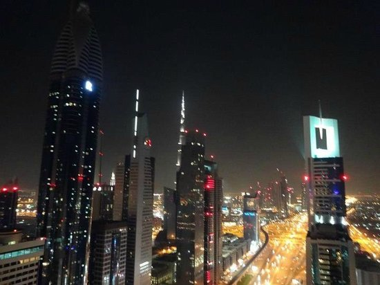 Four Points by Sheraton Sheikh Zayed Road, Dubai:                   viw from the top of the hotel