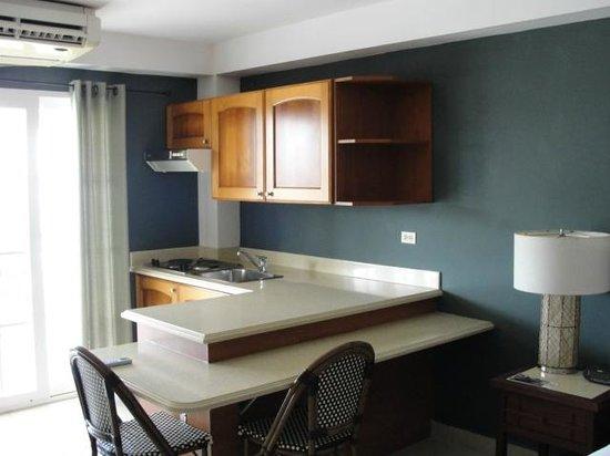 Tropical Suites Hotel:                   Kitchen area