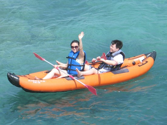 Franklyn D Resort & Spa: Kayaking