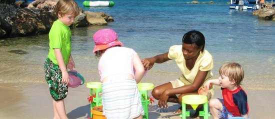 Franklyn D Resort & Spa: Nanny & Kids