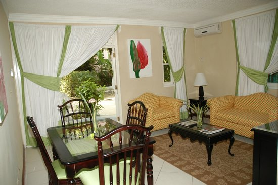 Franklyn D Resort & Spa: Suites