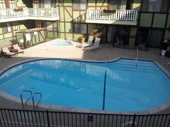 Svendsgaard's Lodge - Americas Best Value Inn:                   Nice pool
