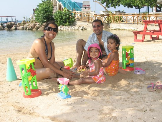 Franklyn D Resort & Spa: Family Play Area