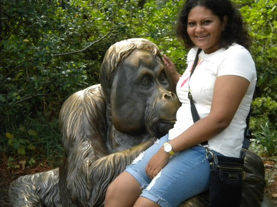 Riverbanks Zoo and Botanical Garden: Her best friend hahahaha