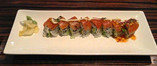 Kome Fine Japanese Cuisine:                                     Sake Roll