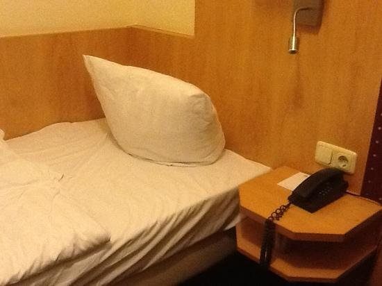 Mini bagno picture of favored hotel scala frankfurt tripadvisor
