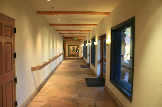 Museum of Northern Arizona: Museum corridor.