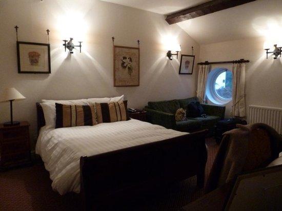 The Swan Tarporley :                   Our bedroom.