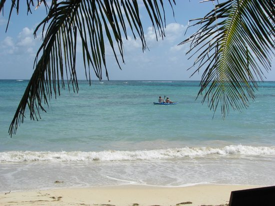 Little Corn Beach and Bungalow:                   Kayaking at LCBB