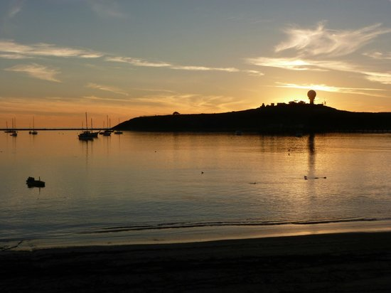 Oceano Hotel & Spa Half Moon Bay:                   View of the point where Mavericks surf spot is