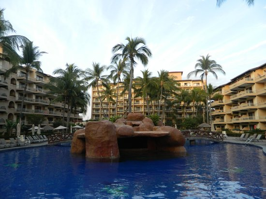 Villa del Palmar Beach Resort & Spa:                   the pool