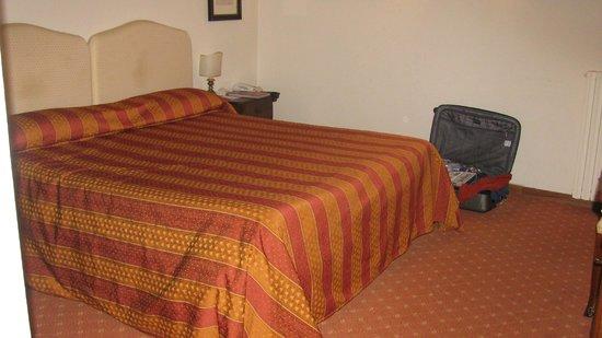 Relais Vignale:                   bedroom