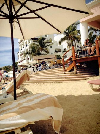 Pueblo Bonito Rose Resort & Spa:                                     Beachside lounging