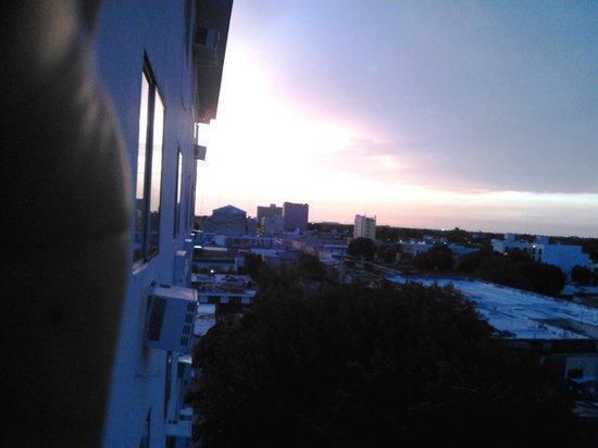 Mision Merida Panamericana: Puesta de sol desde las habitaciones en los pisos superiores