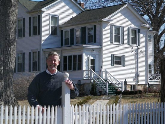 White Cliff Manor Bed and Breakfast:                   Proprietor