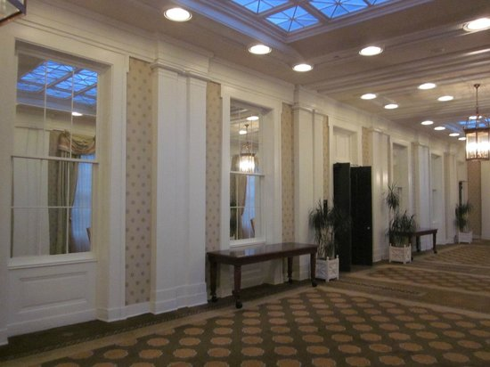 Omni Bedford Springs Resort:                   Hall of Mirrors!