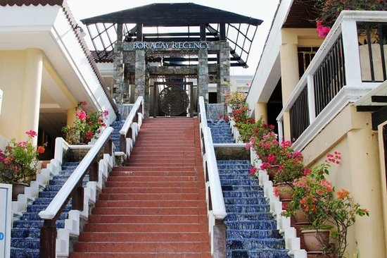 Henann Regency Resort & Spa:                   stairs from the hotel to the beach