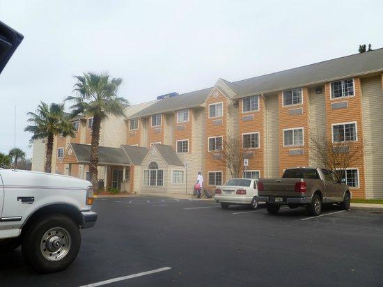Microtel Inn & Suites by Wyndham Tallahassee: 2