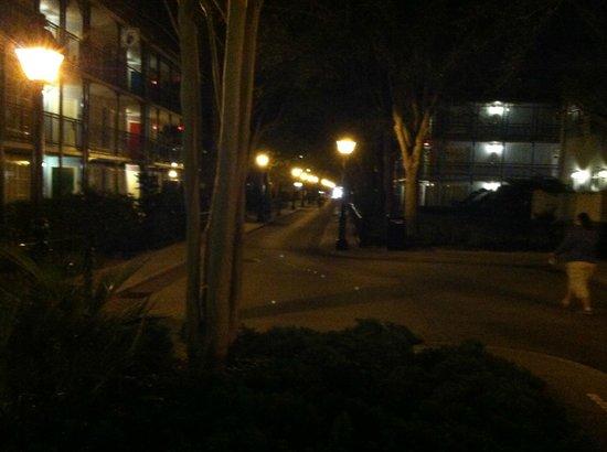 Disney's Port Orleans Resort - French Quarter:                   The walks at night