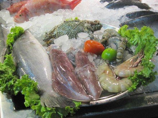 Oasis Restaurant:                   raw seafood