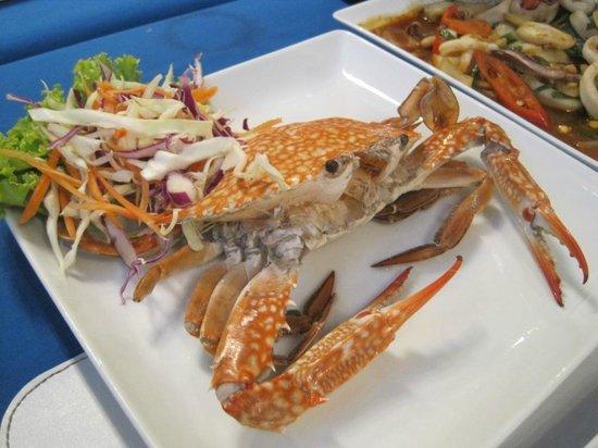 Oasis Restaurant:                   steamed crab