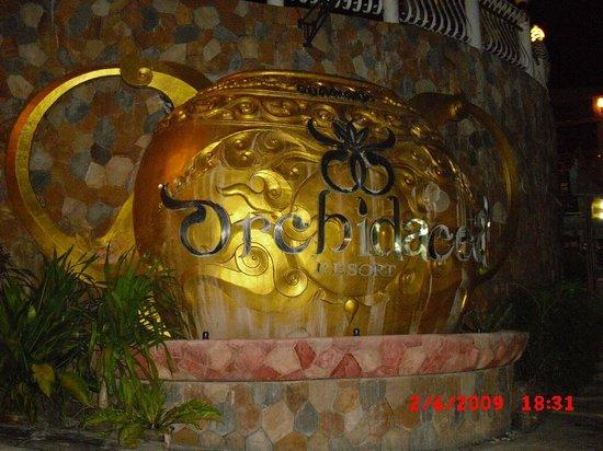 Orchidacea Resort:                   Entry