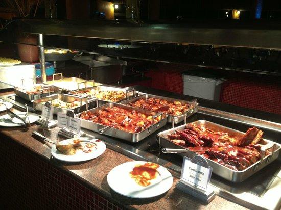 The Royal Haciendas All Suites Resort & Spa: buffet