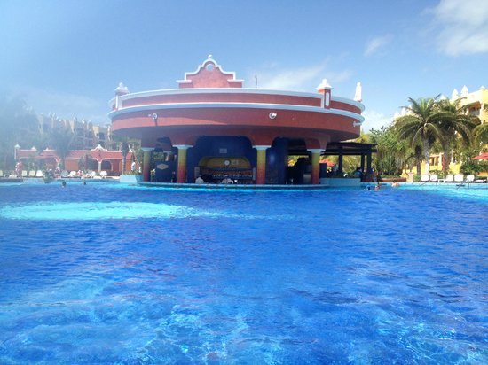 The Royal Haciendas, All Inclusive, All Suites Resort: one of the two pool bars