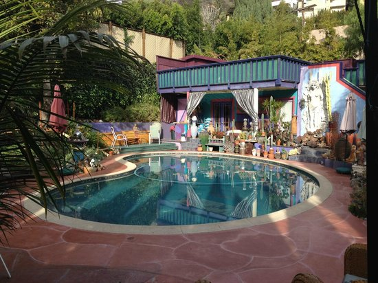 Hollywood Bed & Breakfast:                   Hollywood B&B pool