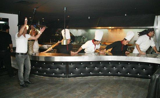 LA CASA Restaurant Lounge