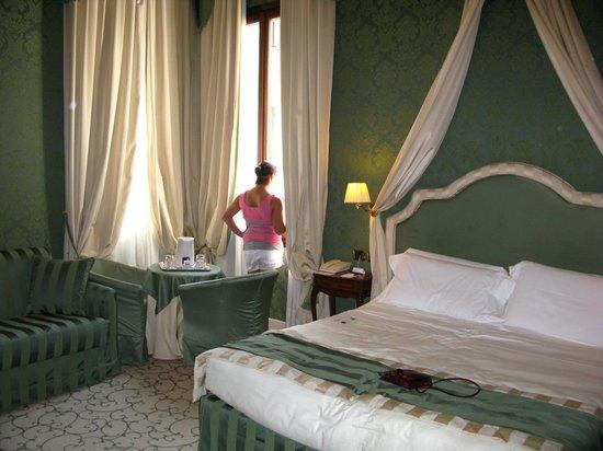 UNA Hotel Venezia:                   A view of our room.