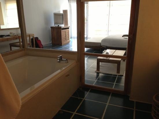 Jetwing Blue :                   vue depuis la salle de bain