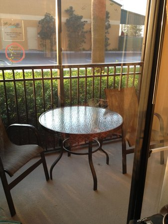 Floridays Resort Orlando:                   Patio