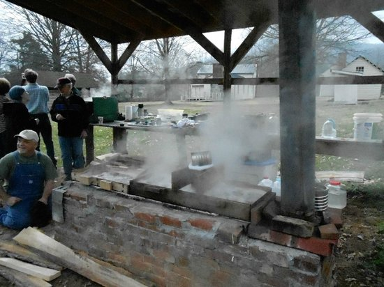 Tipton-Haynes Historic Site :                   Masking Maple Syrup