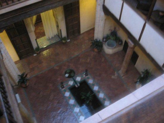 Hotel Casa Morisca:                   Interior Courtyard