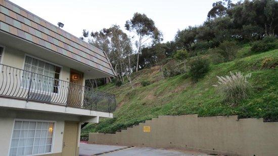 Portofino Inn San Diego Hotel Circle:                   The back side of the property