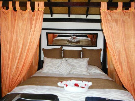 Media Luna Resort & Spa :                                     notre lit