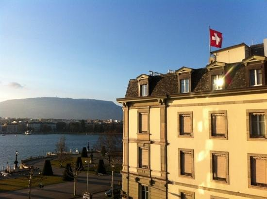 Grand Hotel Kempinski Geneva:                   view from room 4425