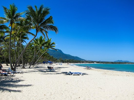 Grand Paradise Playa Dorada: Hotel beach