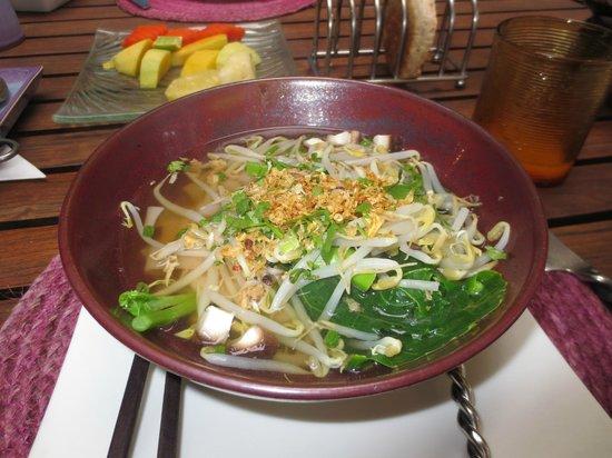 Ariyasomvilla: Noodle breakfast