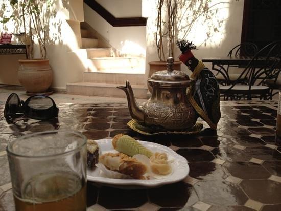 Riad Maison Belbaraka:                   best mint tea