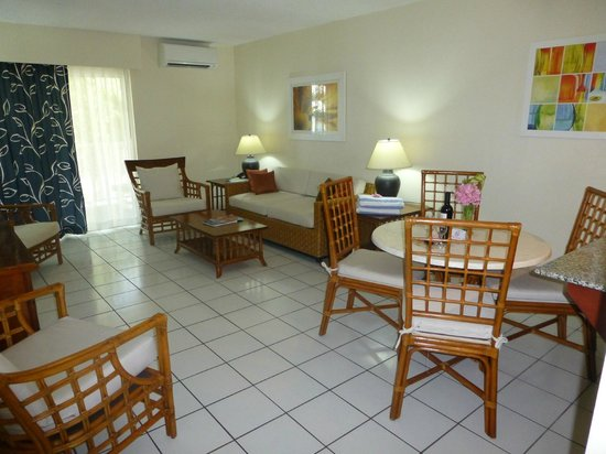 Grand Case Beach Club:                   living room/dining area in unit