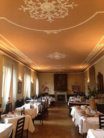 Terzo Crotto :                   gorgeous dining room!
