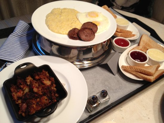 21c Museum Hotel Bentonville: Breakfast delivered
