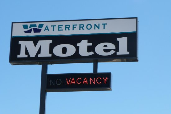 Waterfront Motel Image