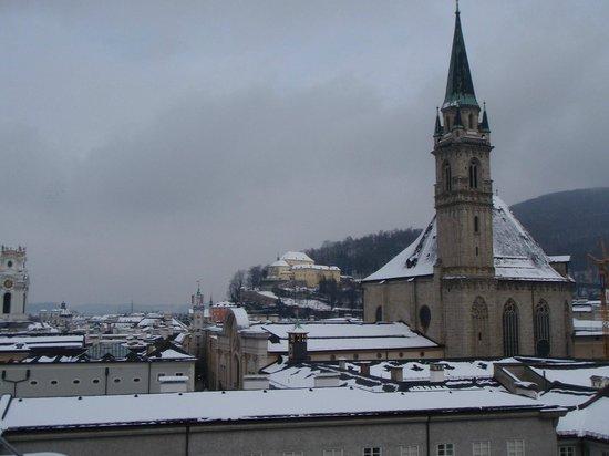 Hotel am Mirabellplatz:                   Snowy Salzburg
