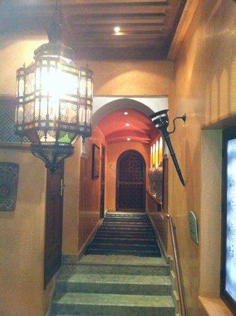 La Maison Arabe:                   Lanterns