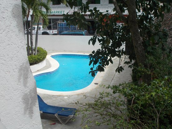 Rocky's Rock & Blues Bar and Hotel:                   Pool located on the property but no used as much.